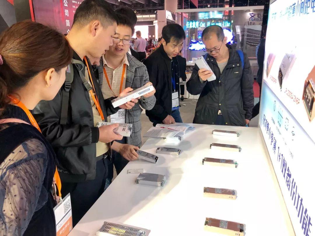 航特科技携旗下品牌思齐电源亮相2019广州展
